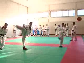 FINALE DI ANNO CON I BOTTI PER IL KARATE CLUB SAVONA