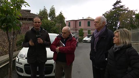 Live on the road in genovese a Multedo (2)