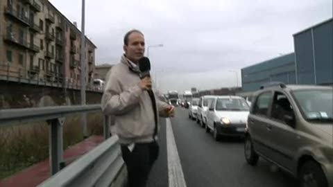 Incidente in A10, la voce degli automobilisti bloccati in via Guido Rossa