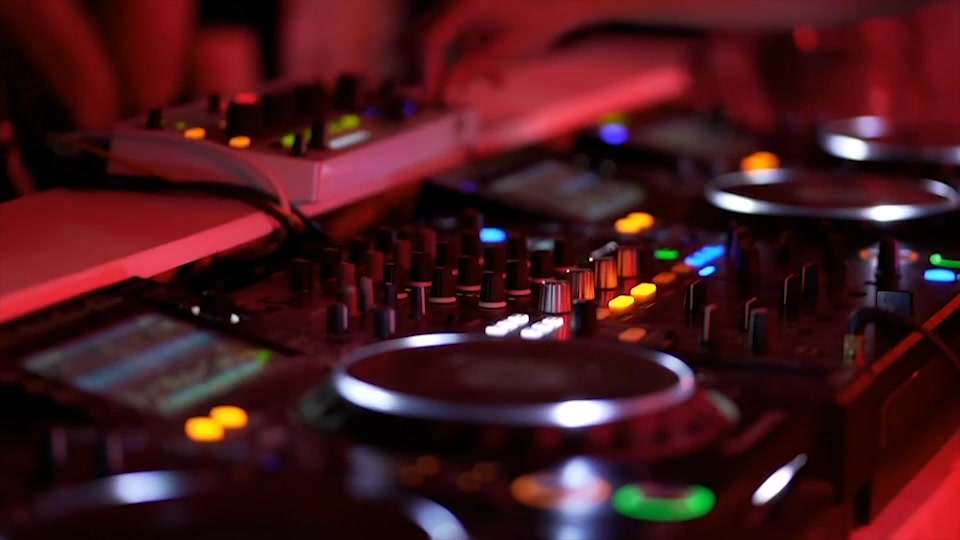 "A ""124 Live Set"" la tech in 'house' con dj Federico Guttadauro"